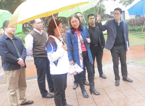 2016年广东省住房和城乡建设厅总经济师洪冰女士参观绿色基地